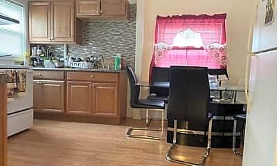 Kitchen, 19 Gardner St, 2