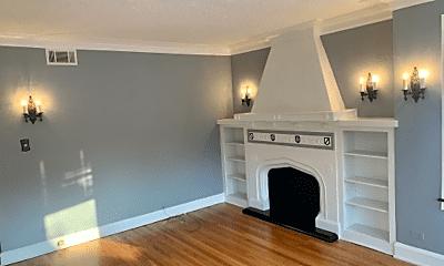 Living Room, 8207 S Jeffery Blvd, 1