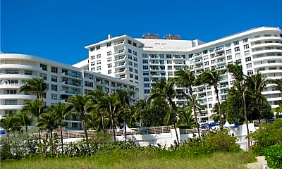 5161 Collins Ave 1402, 0