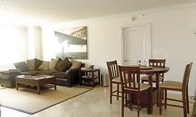 Dining Room, 99 SE Mizner Blvd, 1