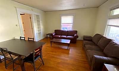 Living Room, 508 Walnut St, 1