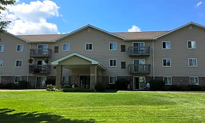 Oakwood Heights Apartments, 1
