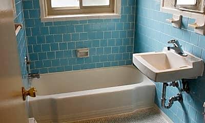 Bathroom, 1500 12th St N, 2