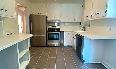 Kitchen, 3102 Ashel St, 2