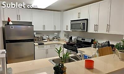 Kitchen, 110 River Dr S, 1