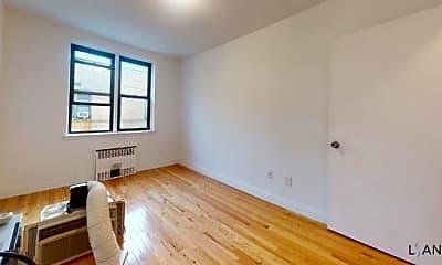 Living Room, 2420 Morris Ave, 2