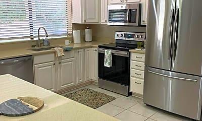Kitchen, 5018 E Karen Dr, 2