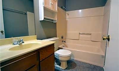 Bathroom, 1500 Nettleship St, 2