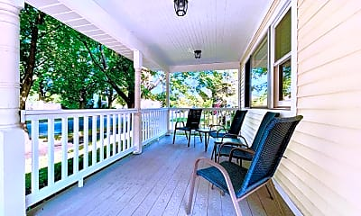 Patio / Deck, 121 S Spruce St, 1