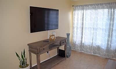 Living Room, 11 SW Hideaway Pl, 1