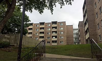 River Bluff Apartments, 0