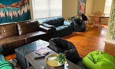 Living Room, 1003 Ann St, 1