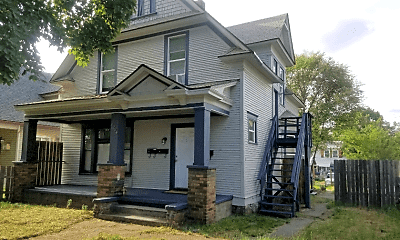Building, 1224 W Spofford Ave, 2