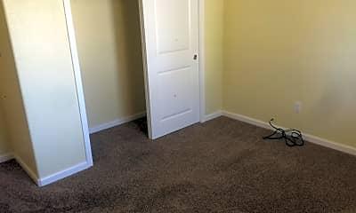 Bedroom, 418 E North St, 1