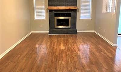 Living Room, 1011 Kennesaw Dr SE, 1