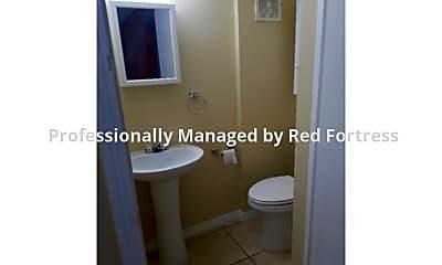Bathroom, 2216 Moreno Ave, 2