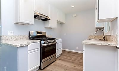Kitchen, 5065 Pacific Ave, 1