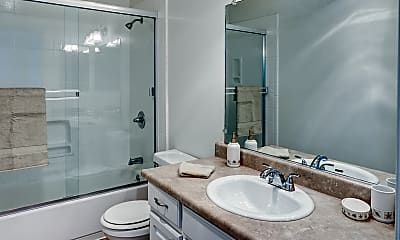 Bathroom, Appletree Apartments, 2