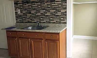 Kitchen, 122 Grandview Terrace, 1