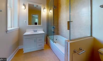 Bathroom, 3267 N St NW 4, 1