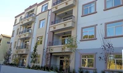 Building, 11100 Riverside Dr, 0