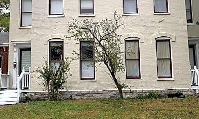 Building, 427 N Limestone, 2