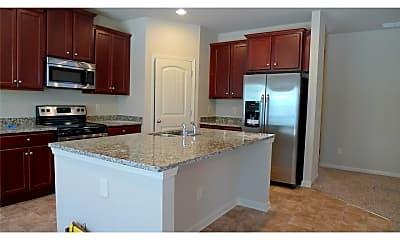 Kitchen, 3125 Englewood Dr, 1