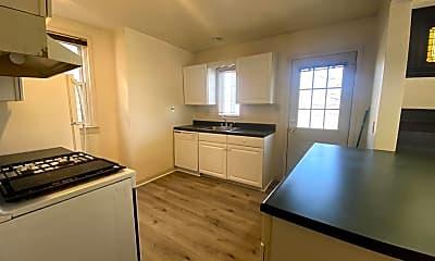 Kitchen, 425 Whitney Ave, 1