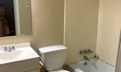 Bathroom, 2500 Oliver Rd, 2