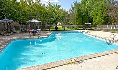 Pool, Hillcrest Oaks, 0