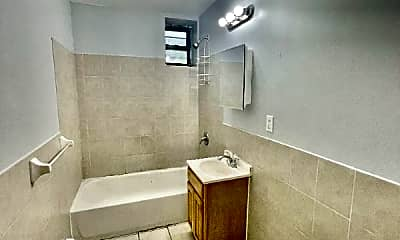 Bathroom, 207 Union St, 2
