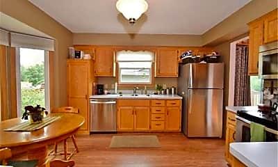 Kitchen, 7613 Fairfield Rd, 1