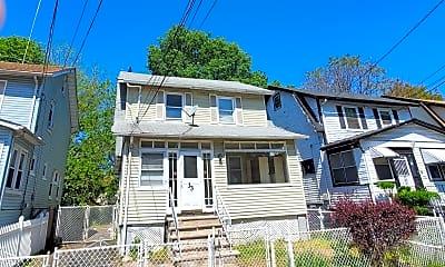 Building, 33 Melrose Ave, 0