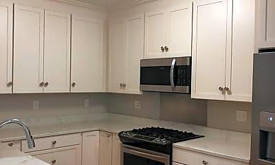 Kitchen, 2 Inwood Dr, 1