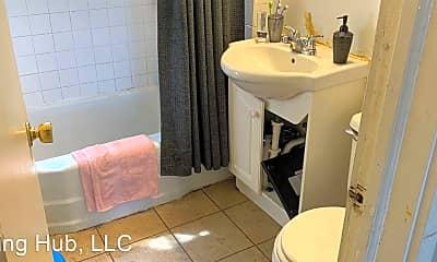 Bathroom, 478 Herschel St, 1