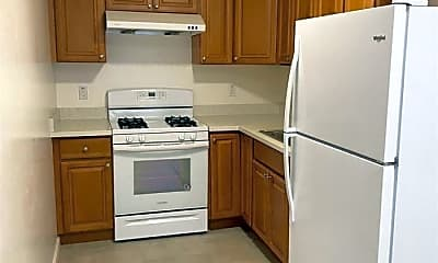 Kitchen, 3450 Yosemite Ave, 0