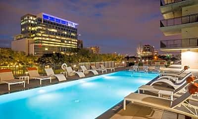 Pool, 2526 Richmond Ave, 2
