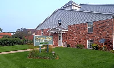 Garden Ridge Apartments, 1