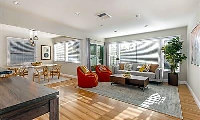 Living Room, 167 N Shattuck Pl, 0