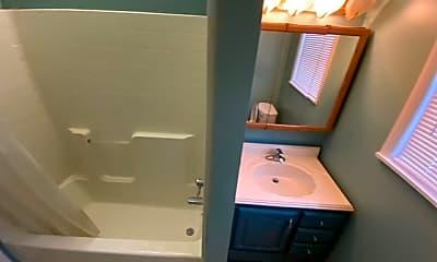 Bathroom, 11 McKinley Ave, 2