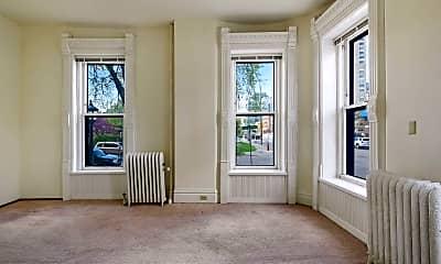 Living Room, 1009 Park Ave 118, 1
