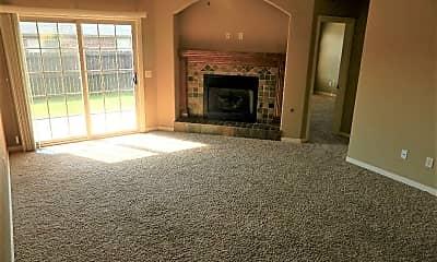 Living Room, 4145 W Mahogany Dr, 1
