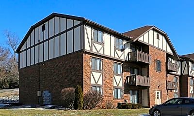 Building, Lakewood West, 1