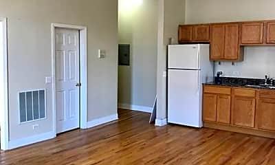 Kitchen, 2000 W Chicago Ave, 1