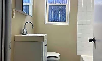 Bathroom, 3211 N 6th St, 1