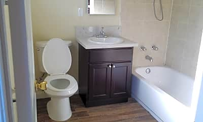 Bathroom, 627 Karesh Ave, 2