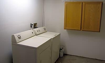 Bathroom, 801 E Halcyon Rd, 2