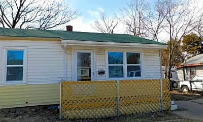 Building, 1307 N Erie St, 0