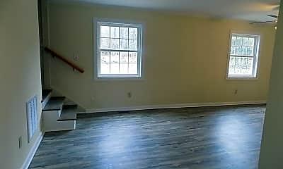 Living Room, 114 Druid Dr, 1