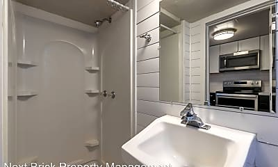 Bathroom, 813 Puget St NE, 2